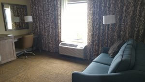 Hampton Inn Guest Living Room Area Roseville, MN